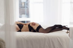 Isatis escort girl