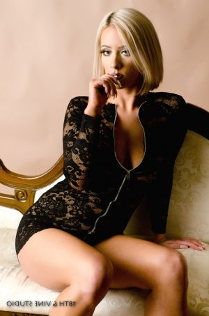 Fabrizia escorts in Richfield
