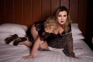 Lysa-marie escort girl